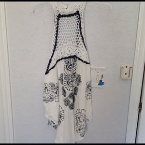 Free People white and navy tunic